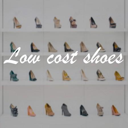 Decoración escaparate tienda zapatos
