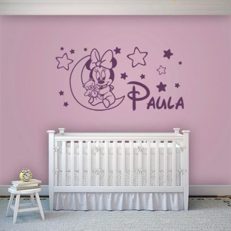 Paula en la luna con estrellas
