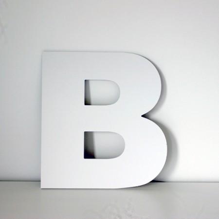 Letra B decorativa lisa