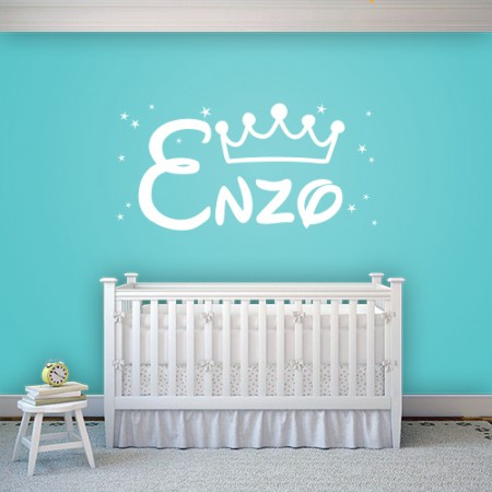 Vinilo nombre Enzo con corona
